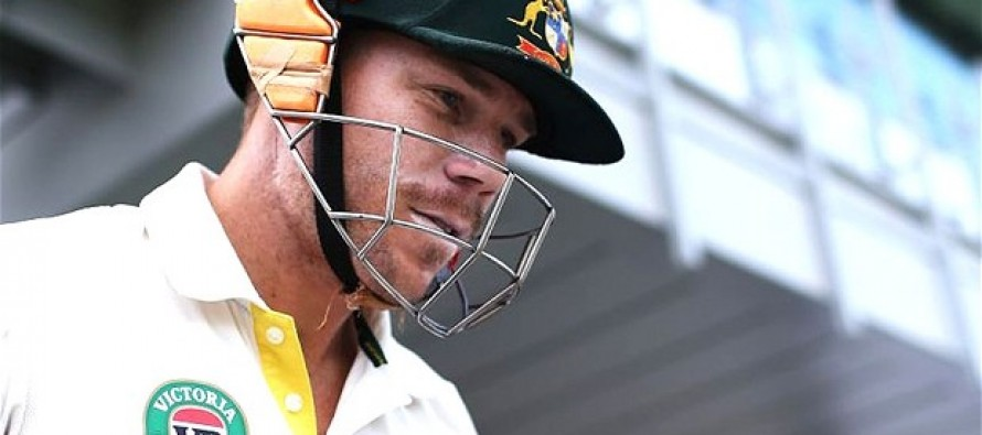Warner on slow road to recovery after breaking thumb