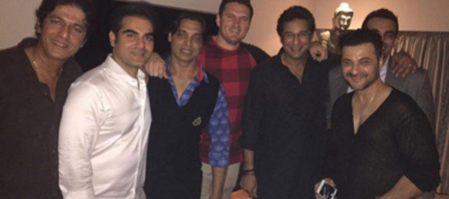 Pakistan legends partying in India
