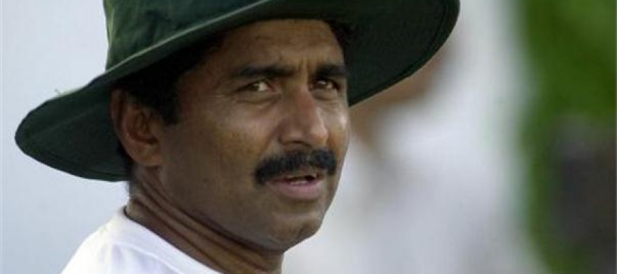 Miandad  extremely delighted to watch Younus break his 22 years old record