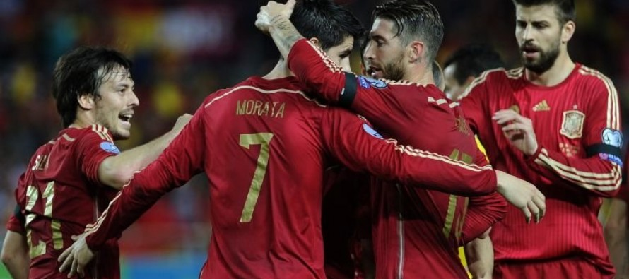 Cazorla, Alcacer seal Spain's place at Euros