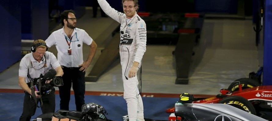 Rosberg rounds off season in style