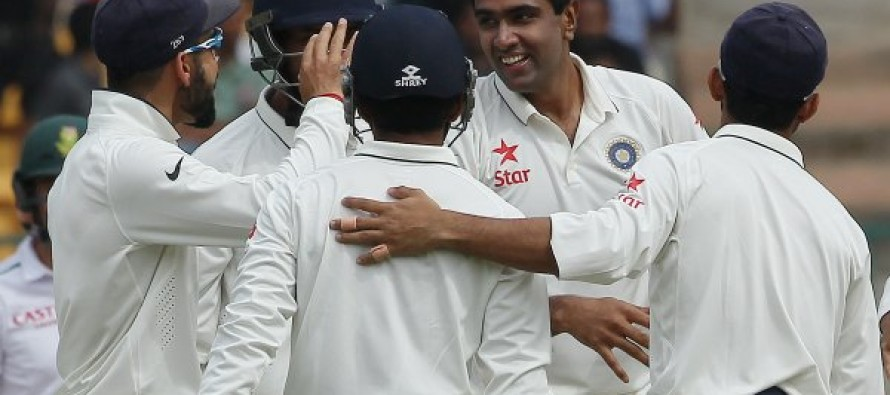 India 80-0 in reply to South Africa's 214