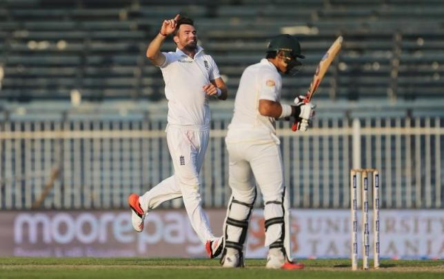 Cricket - Pakistan v England - Third Test - Sharjah Cricket Stadium, United Arab Emirates - 1/11/15 England's James Anderson celebrates the wicket of Pakistan's Misbah ul Haq Action Images via Reuters / Jason O'Brien Livepic