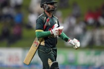 Ahmed Shehzad's 76 Runs With 10 Fours and a Six In a BPL T20