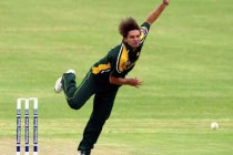 Rare Video of Shahid Afridi Bowling Fast