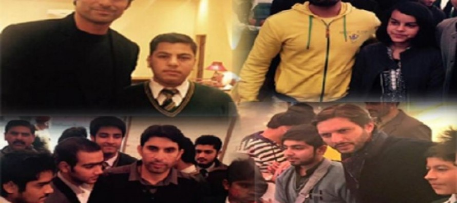 Cricketers pay tribute to martyrs of APS