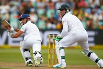 England grind towards big lead