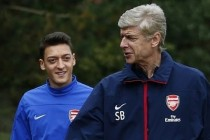 Wenger lauds sick Ozil's amazing recovery
