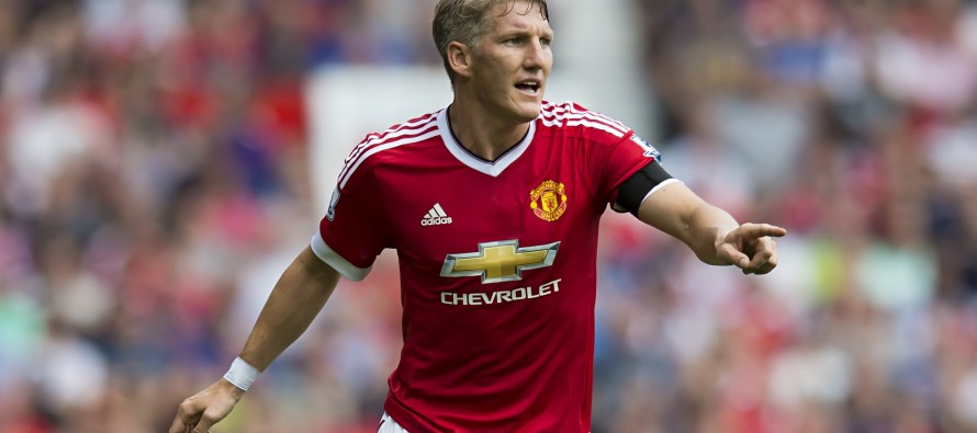 Man Utd's Schweinsteiger gets three-game ban