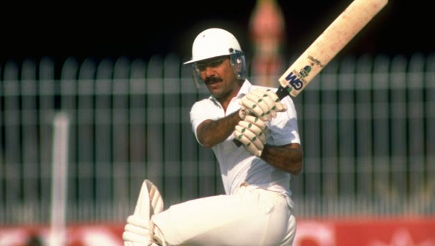 Zaheer-Abbas-of-Pakistan-in-action-during-the-Second
