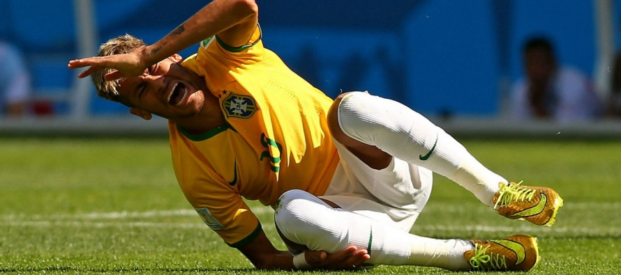 Barca star Neymar suffers leg injury