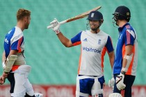"""Life yet in """"dead rubber"""" for England"""
