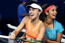 Hingis, Mirza make it three Slam titles in a row