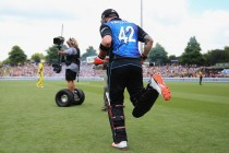 McCullum heads into ODI retirement with NZ victory