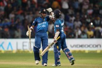 Sri Lanka stun India by five wickets in first T20