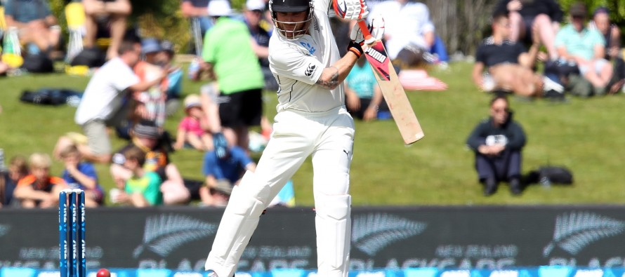 McCullum gone for good as Aussies scent victory