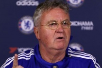 Hiddink tells Chelsea to avoid manager 'cover-up'