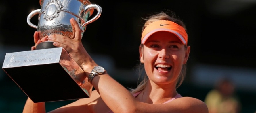 Sharapova named in Russian Fed Cup team, stays on road to Rio