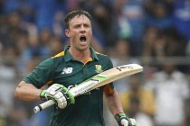 De Villiers takes hard yards for South Africa