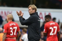 Klopp feels squeeze as leaders Leicester loom