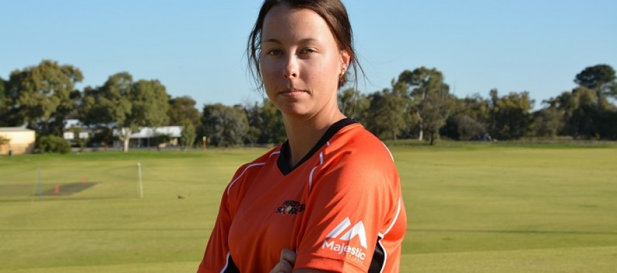 Australian women's cricketer banned for betting on match