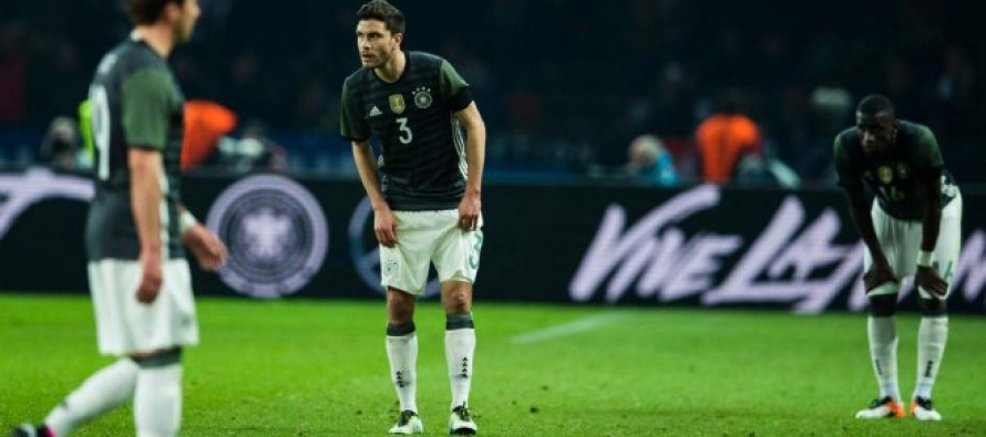Shell-shocked Germany host bogey side Italy
