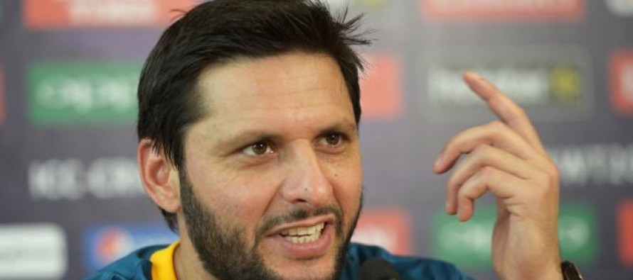 """Pakistan counter Shahid Afridi's """"more love in India"""" comment"""