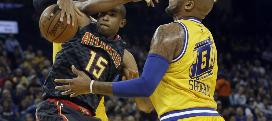 Depleted Warriors stay perfect at home, Heat scorch Bulls