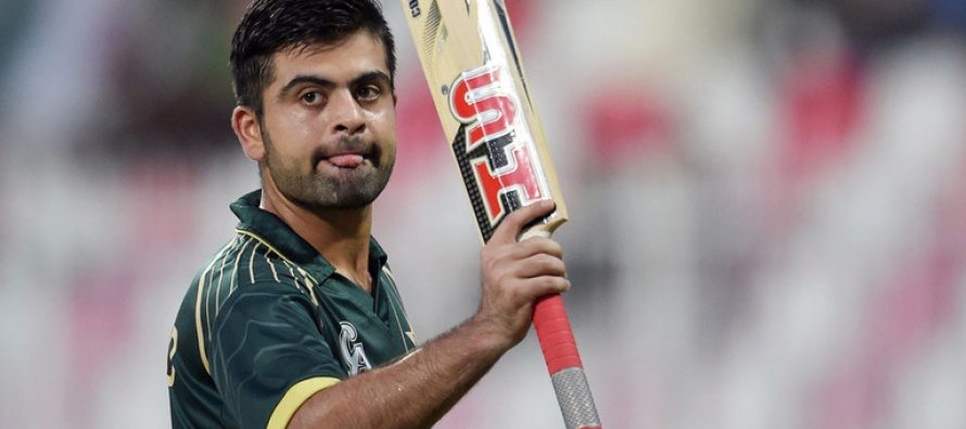 The glass breaking incident was accidental says Shehzad