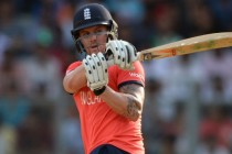 Roy steers England into World T20 final