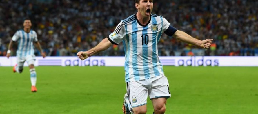 Struggling Argentina relieved to have Messi back – Aguero