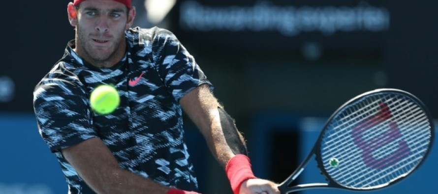 Del Potro to face Federer on comeback trail for both