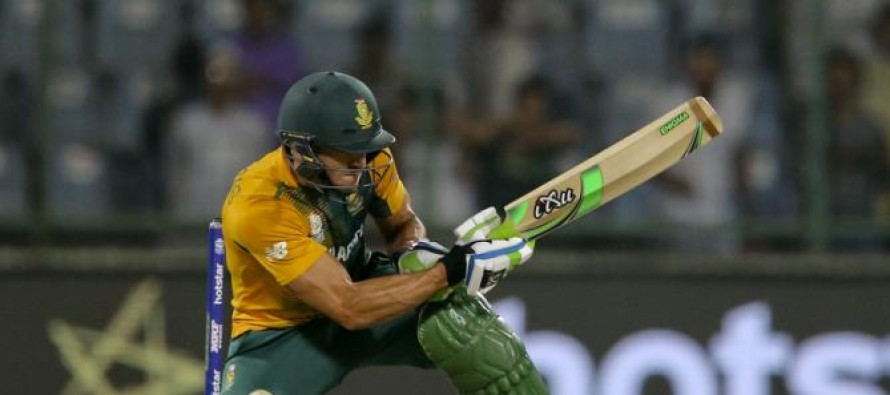 Du Plessis fined showing dissent over umpire's decision