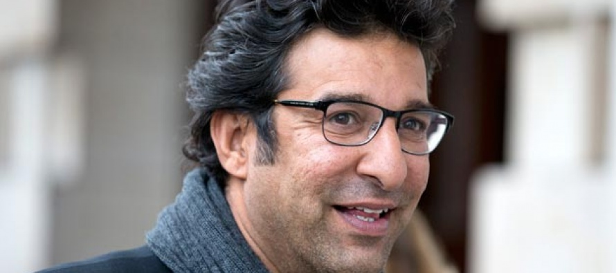Wasim Akram intruded live on TV
