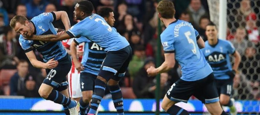 Pochettino proud as 'perfect' Spurs maintain title charge