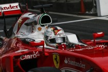 Vettel tops wet final practice in China