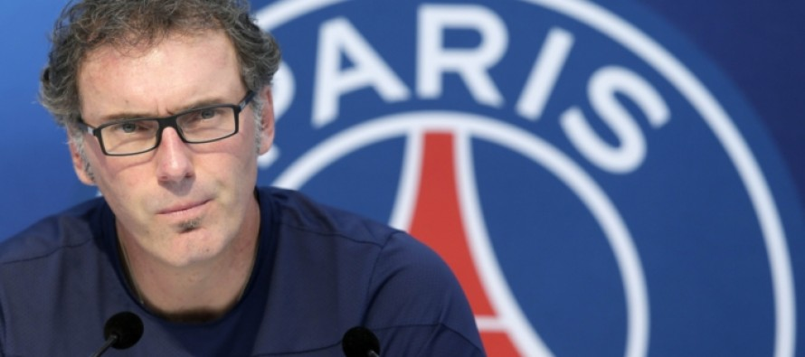 Blanc to stay at PSG, chairman says