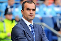 "Everton's Martinez understands ""scrutiny"", asks fans for unity"