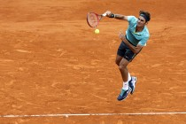 Federer rolls on as Murray, Nadal tested in Monte Carlo