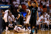 Last-gasp Lee stars as Hornets sting Miami