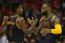 LeBron on form as Cavs wrap up home advantage