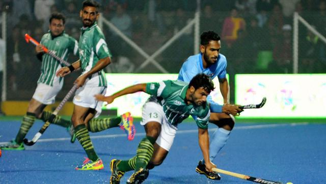 india-pak-hockey-match-at-sag-2016_4dcd1a38-cef0-11e5-94bd-a06a76346e8f