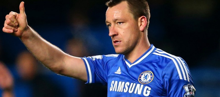 Terry has look of a future manager, says Hiddink