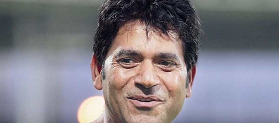 Aaqib Javed decides not to apply for the post of head coach