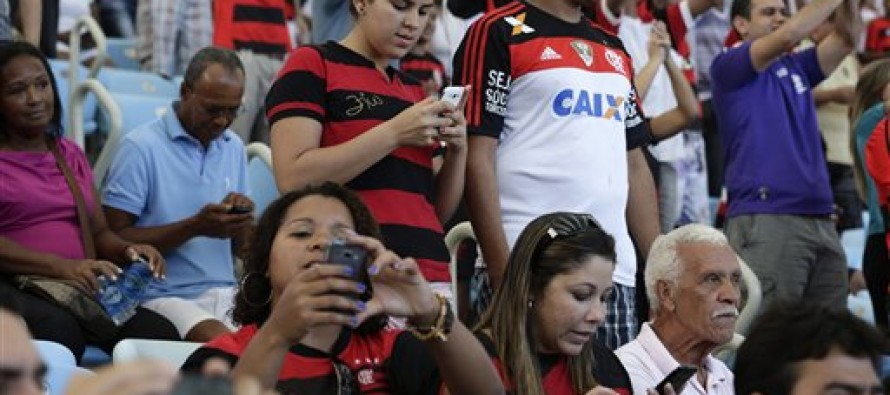 Fans to get smartphone vote to substitute player