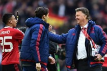 Van Gaal admits future uncertain after title flop