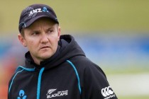New Zealand coach Hesson extends contract