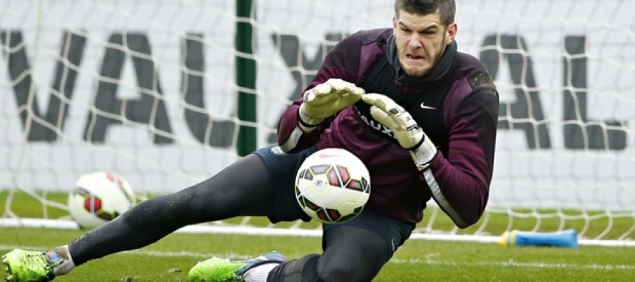 England keeper Forster extends Southampton contract