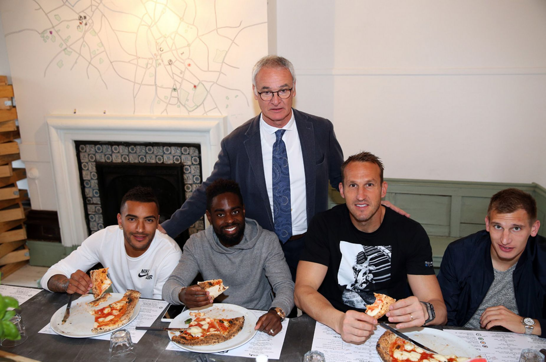 Leicester-City-make-Pizza