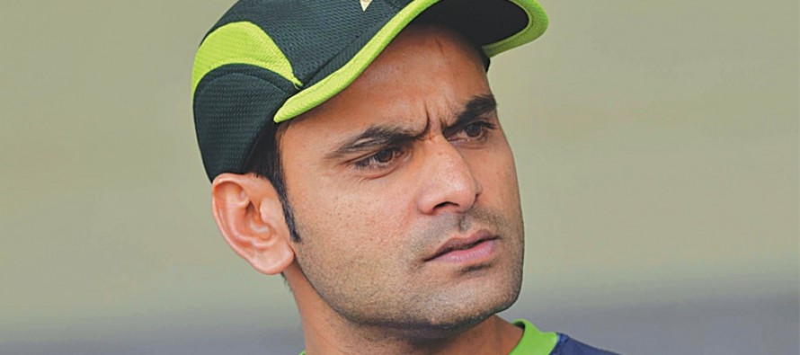 Hafeez expresses grievance to PEMRA over negative TV campaign on injury